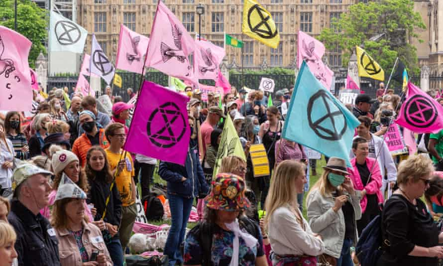 Extinction Rebellion targets City of London over climate role | Extinction  Rebellion | The Guardian