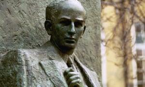 Statue of Raoul Wallenberg in London