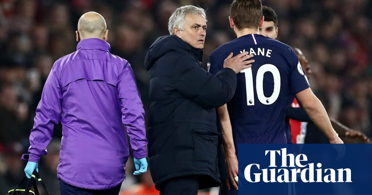 José Mourinho expects long injury absence for 'irreplaceable' Harry Kane