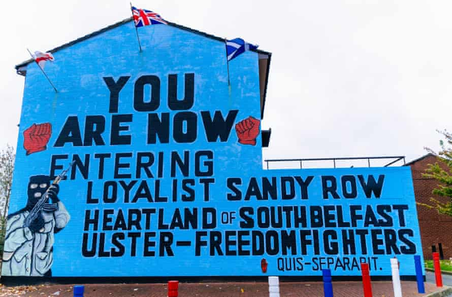 An Ulster Freedom Fighters mural in Belfast, replaced in 2012 by one depicting King William III of Orange