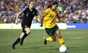 Sam Kerr of the Matildas and Rebekah Stott of New Zealand