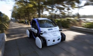 The jobs market could be irrevocably transformed by the development of self-driving vehicles.
