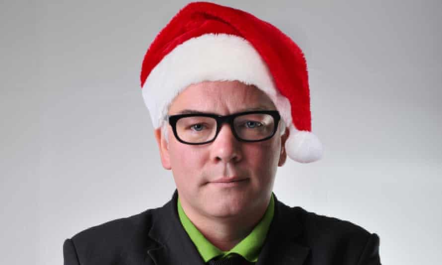 Stewart Lee in a Santa hat