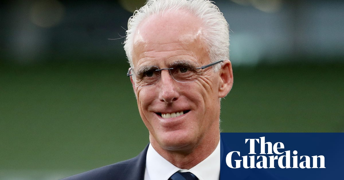 Cardiff appoint Mick McCarthy as new manager to replace Neil Harris