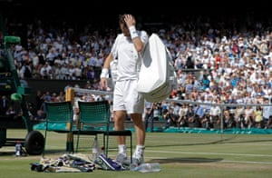 Andy Murray dejection after he lost to Sam Querrey on Centre Court