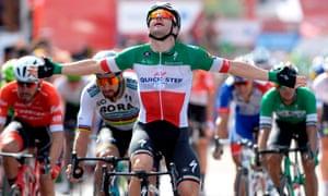Elia Viviani celebrates as he wins the 10th stage of the Vuelta on Tuesday.