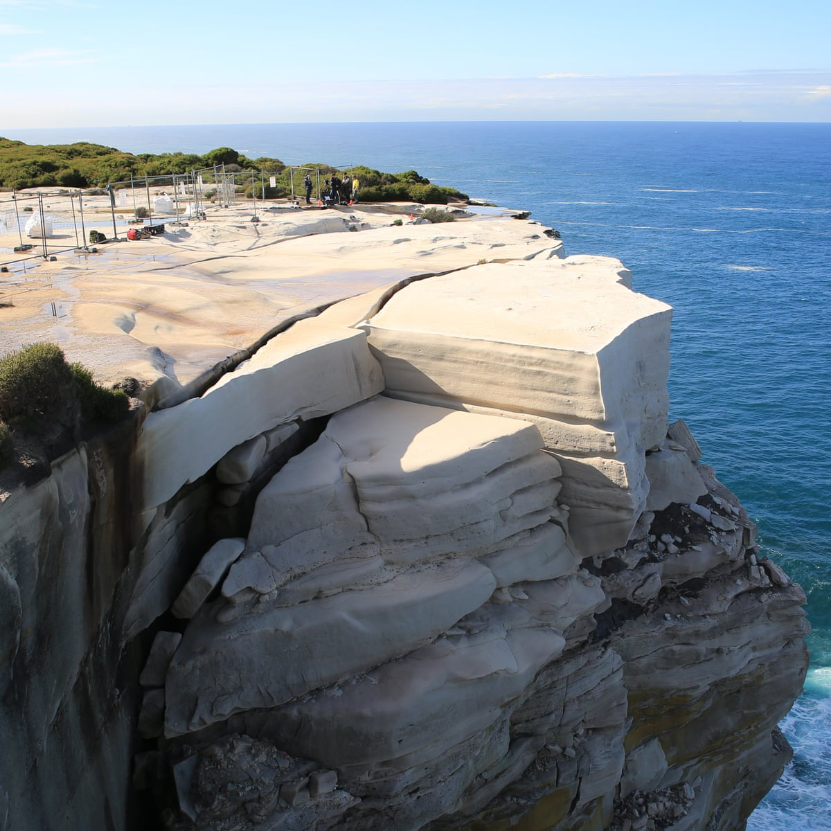 Wedding Cake Rock New Fence Will Stop Visitors Climbing Unsafe Instagram Attraction Australia News The Guardian