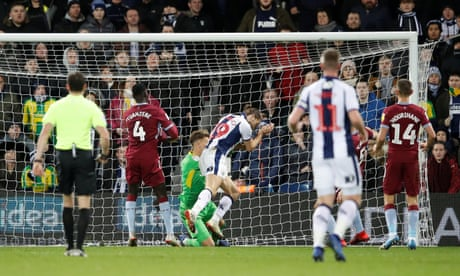 Jay Rodriguez gives West Brom late helping hand in draw with Aston Villa