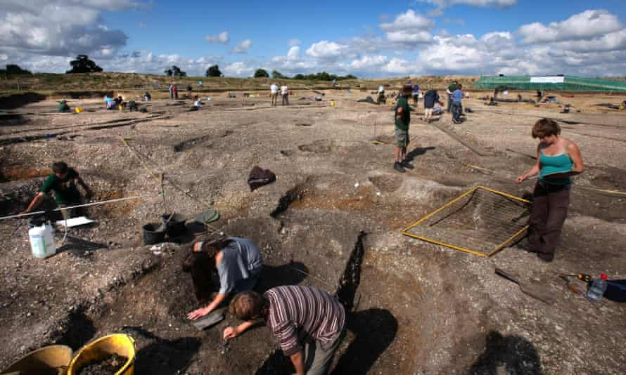 Archaeology is a great subject to take at university. Why then are fewer and fewer students applying to study it?