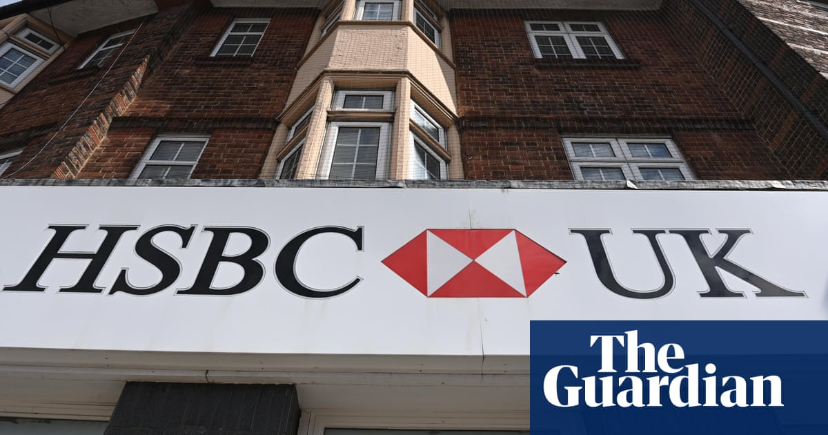 Tell us: have you been affected by UK high street banks shutting down?