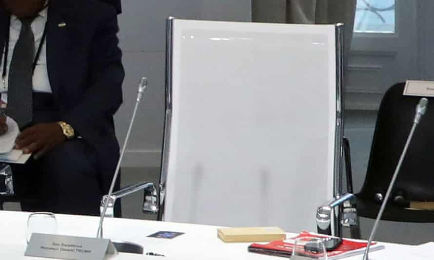 Donald Trump's empty chair at the G7 talks on the climate emergency