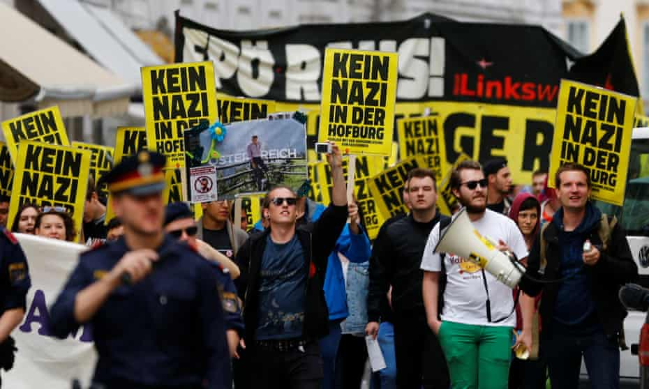 A demonstration against FPÖ candidate Norbert Hofer in Vienna.