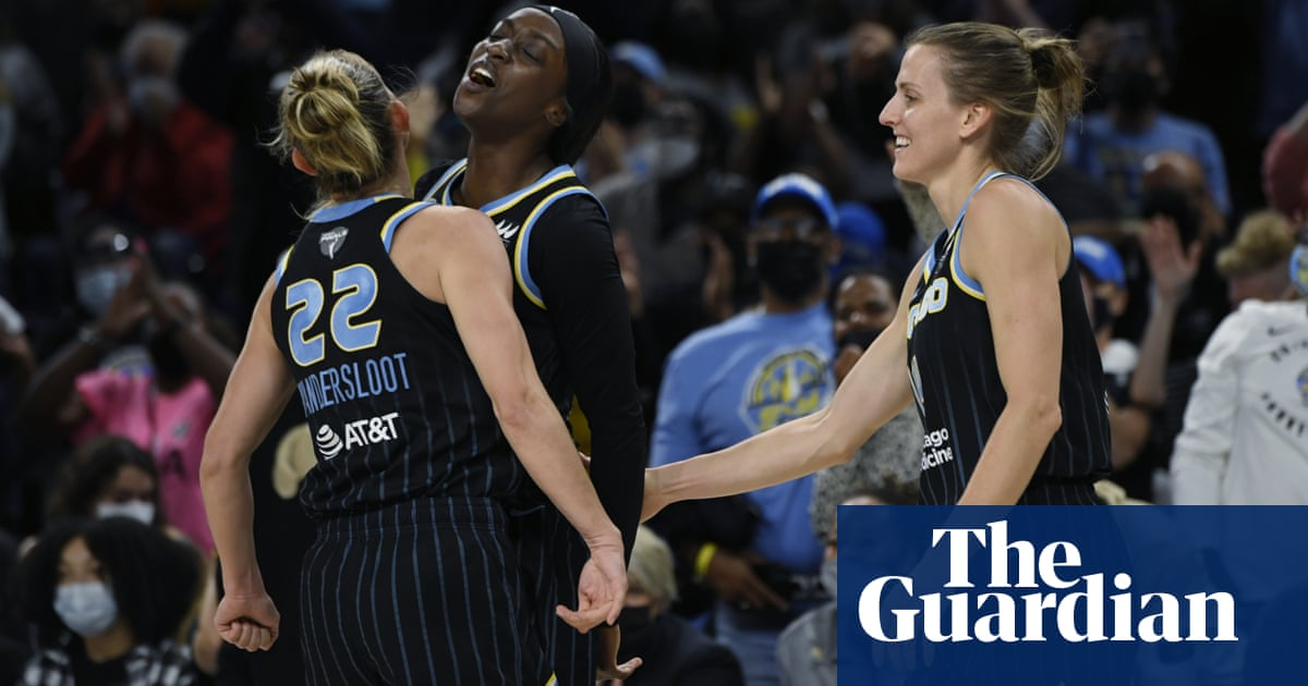 WNBA finals: Sky move one win from title after record thrashing of Mercury