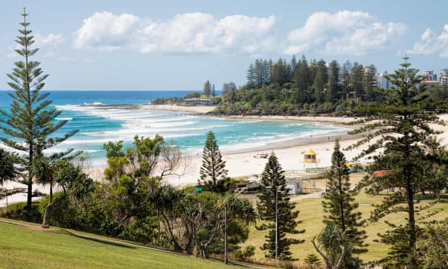 Coolangatta beach and Snapper Rocks from Kirra Point Lookout