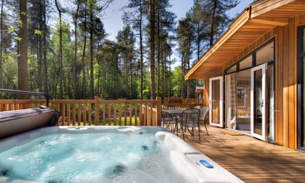 A pet-friendly lodge with hot tub at Landal Darwin Forest
