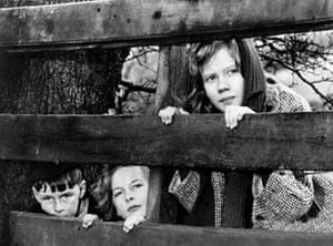 Alan Barnes, Diane Holgate and Hayley Mills in Whistle Down the Wind