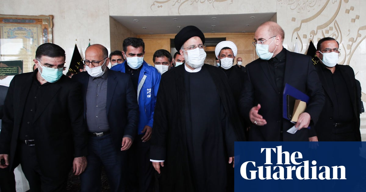 Iran coronavirus deaths set new daily record as curbs lifted