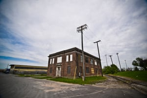 The building that was used as headquarters for wire-tapping operations by McNulty, Freamon and Greggs, photograph by JM Giordano