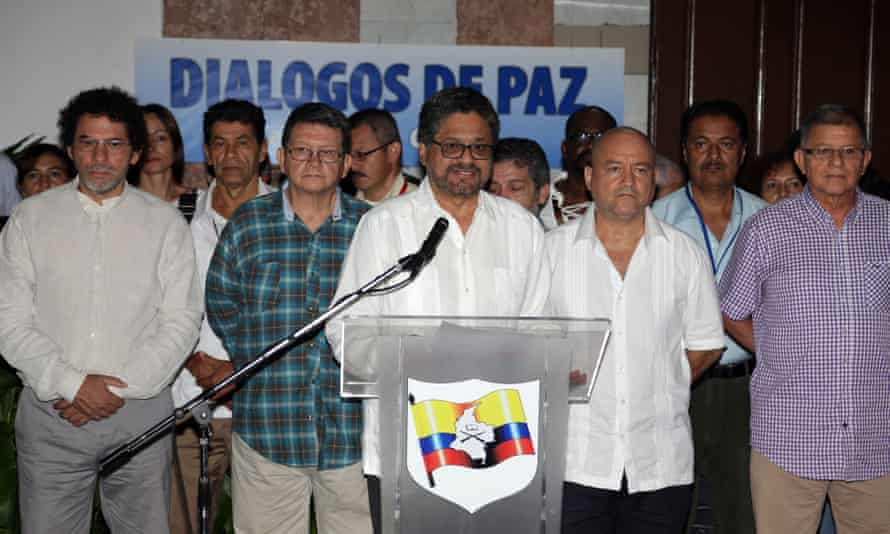 Iván Márquez, centre, and other members of the Farc delegation to peace talks in Havana, announce a unilateral ceasefire by the Colombian guerrilla army on Wednesday.