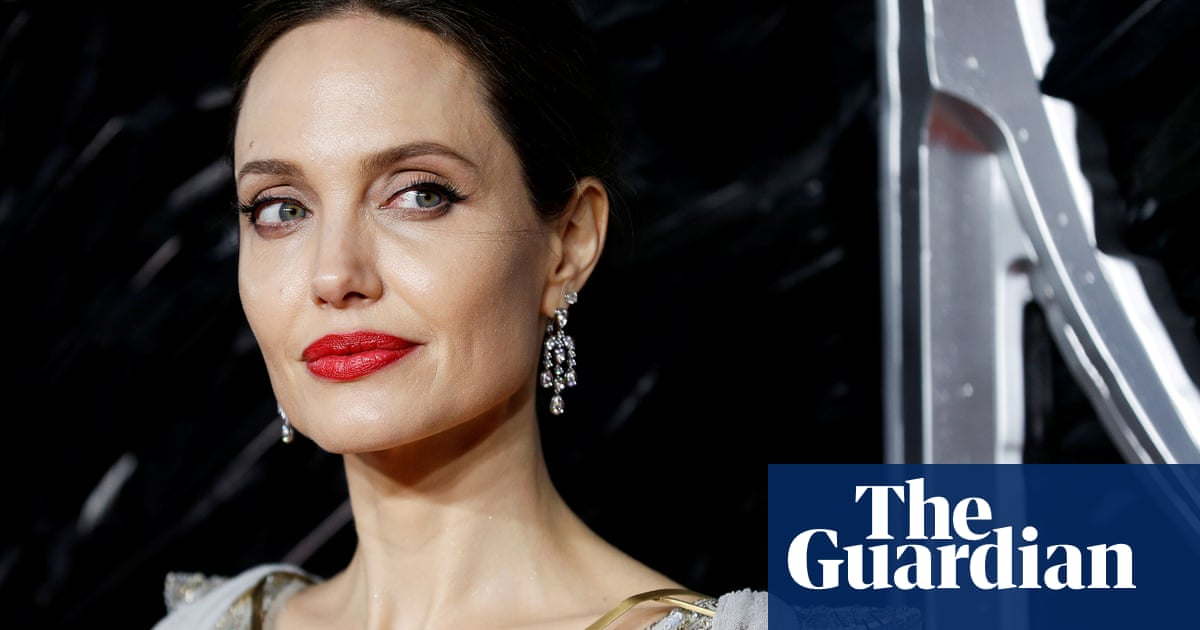 Can Angelina Jolie breathe life into Universals Bride of Frankenstein?