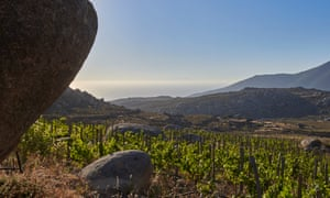 The boulder-strewn Domaine de Kalathas.