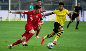 Jadon Sancho challenges Robert Lewandowski