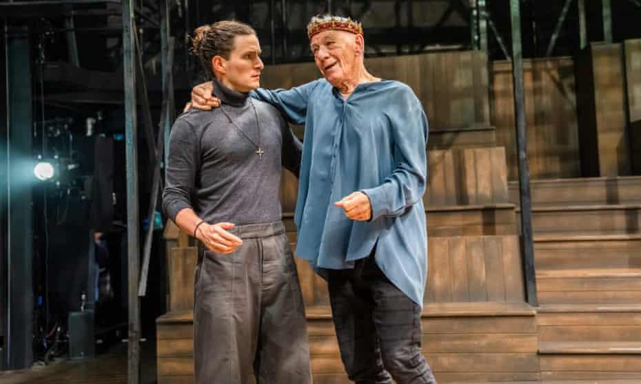 Ben Allen as Horatio with Ian McKellen as Hamlet.