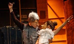 Familie Flöz's Teatro Delusio, a 2004 hit, will return to Edinburgh this year.