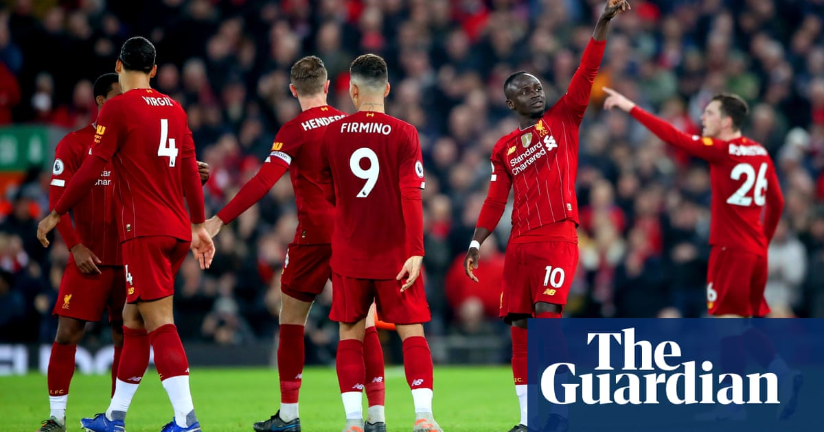 Sadio Mané sees Liverpool home over Wolves with a little help from VAR
