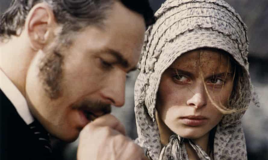 Leigh Lawson as Alec d'Urberville and Nastassia Kinski as Tess in Roman Polanski's 1979 film of Thomas Hardy's novel.