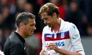 Before his podcast with Mike Dean, Peter Crouch's main contact with referees had been on the pitch in his playing days.
