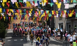 The peloton reaches Brioude on stage nine.