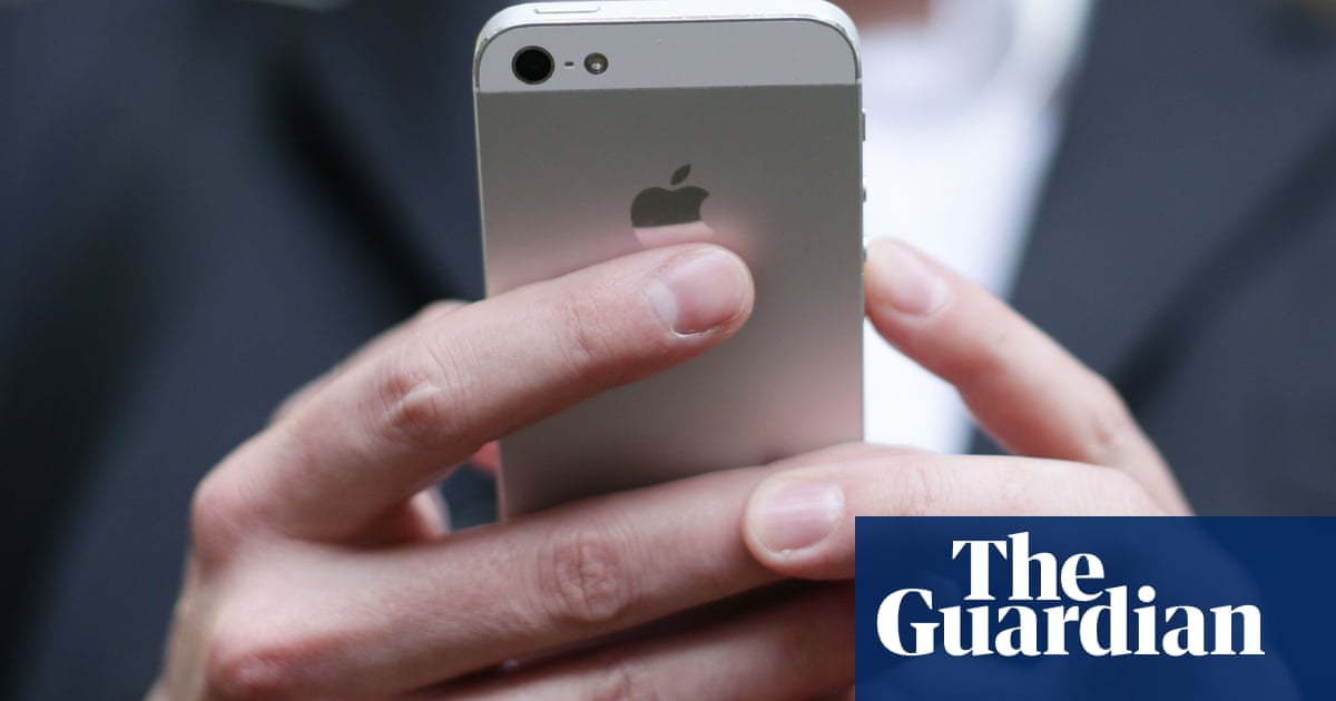 Mobile phone users can now switch network with just one text
