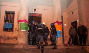 The police enter Atlantide on 9 October 2015.