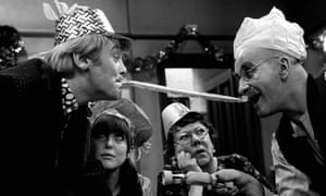 Tony Booth in 1966 in Till Death Us Do Part, with Warren Mitchell, Una Stubbs and Dandy Nichols
