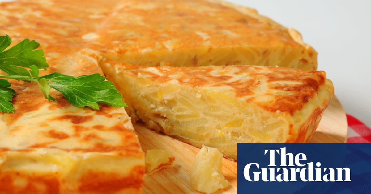 Pro-onion faction triumphs in Spain's great omelette debate