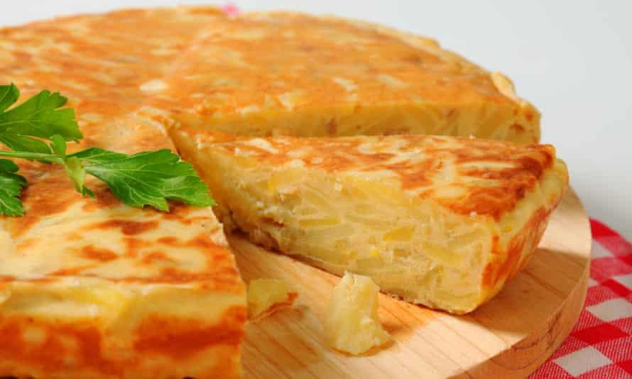 A Spanish omelette (tortilla de patatas).