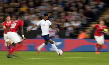 Marcus Rashford stakes claim as England shake off sluggish start | Dominic Fifield