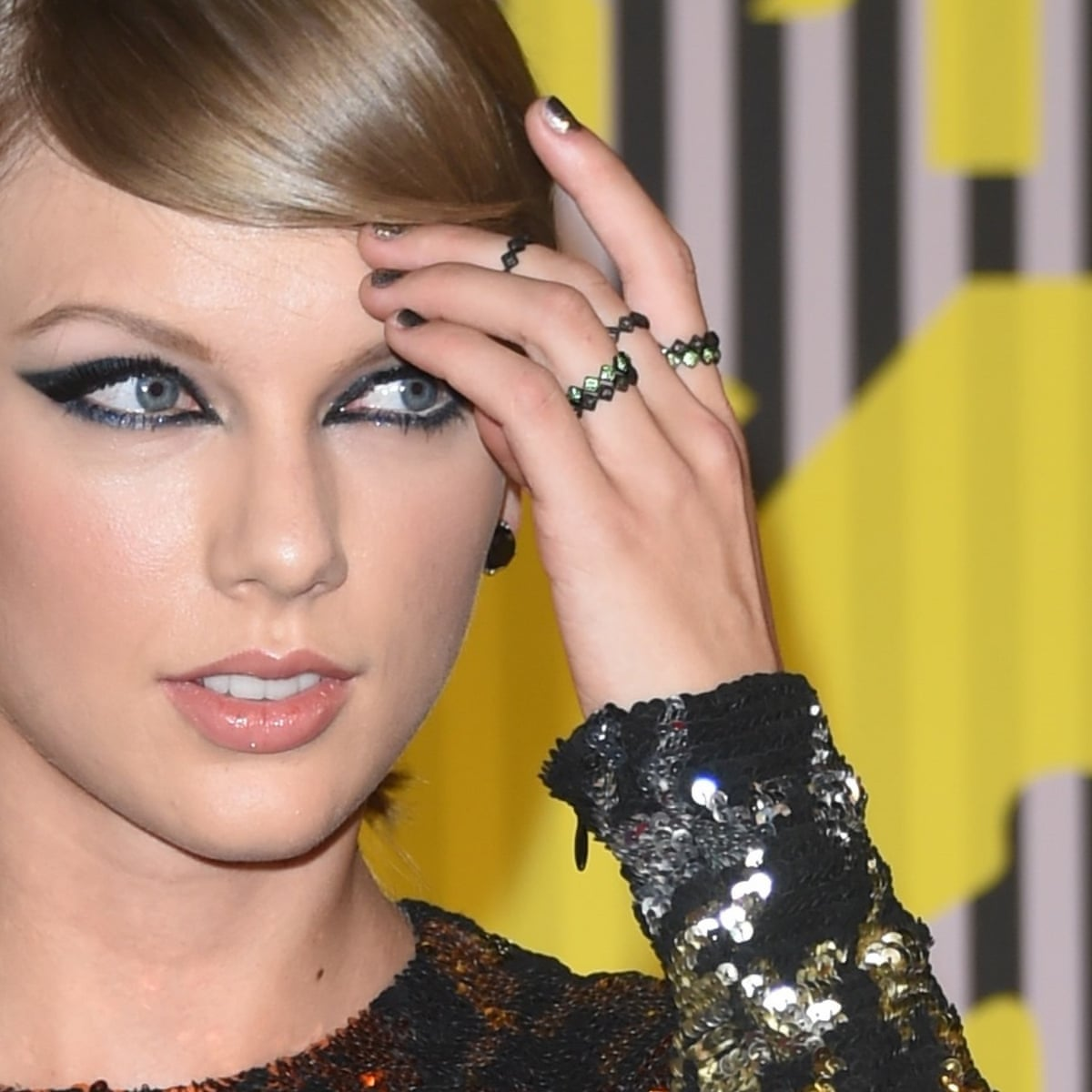 Taylor Swift Launches Counterclaim Against Radio Dj Accused Of Groping Her Taylor Swift The Guardian
