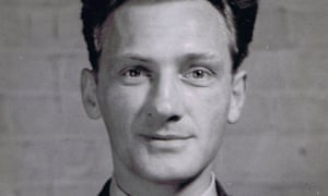 Stefan Petrusewicz fled to Britain as a refugee during the second world war
