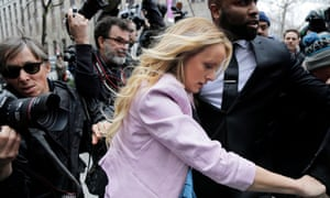 Stormy Daniels arrives at federal court in New York