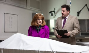 Samantha is confronted by the sudden and dramatic death of her husband, Nick.