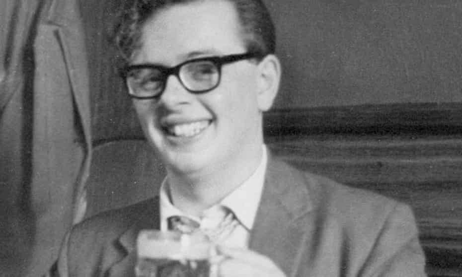 Robert Richardson left school at 16 and joined the Manchester County Express in 1959 as an indentured trainee based in the Stockport office