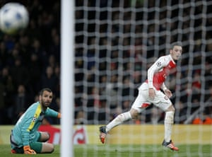 Mesut Özil comes close to his second.