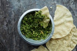 Serve this Gujarati-style green chutney with today's dal bhat.