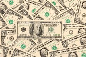 US $100 and $1 bills