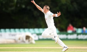Tom Curran of Surrey unsuccessfully appeals at the start of Worcestershire's second innings.