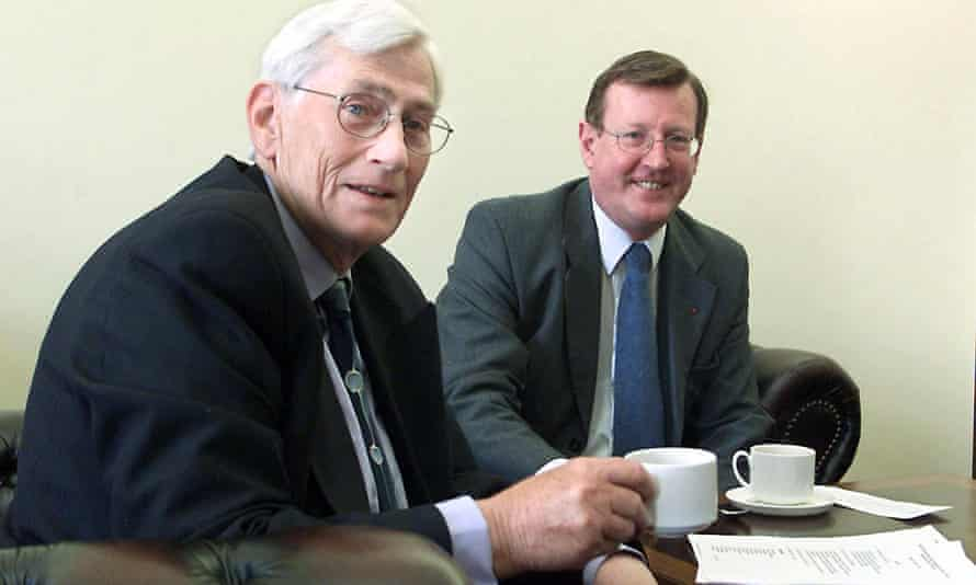 Seamus Mallon and David Trimble in 2000, when they were the first leaders of the Northern Ireland Executive, the governing body that emerged from the Good Friday agreement of two years earlier.