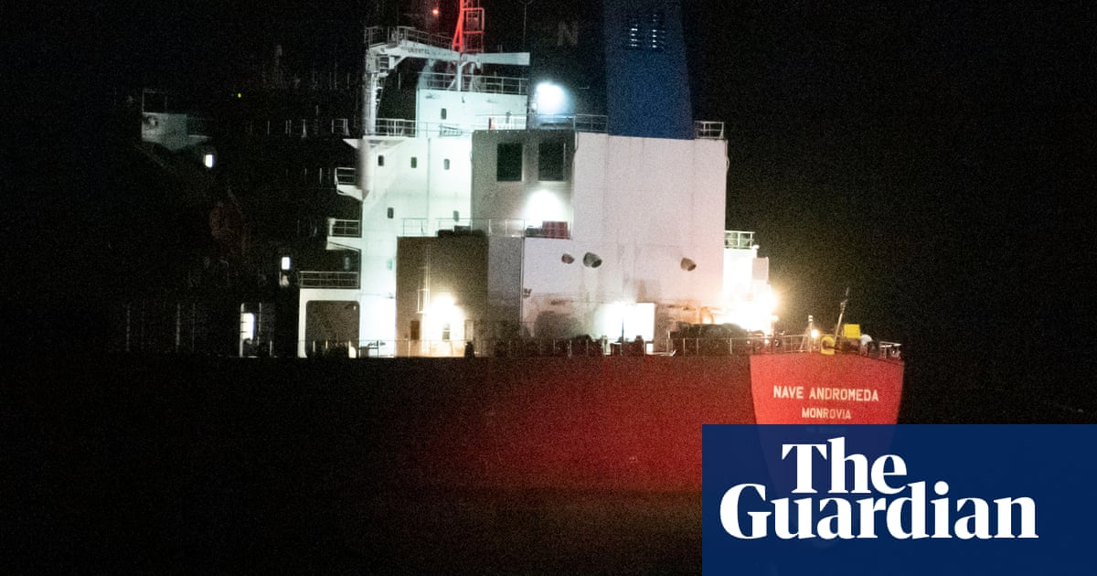 Stowaway's story raises questions about Nave Andromeda incident