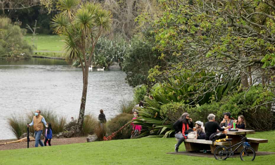 Families reunite with a picnic at Western Springs on 6 October, 2021 in Auckland